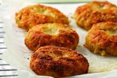 Η συνταγή της ημέρας: Μπιφτέκια κοτόπουλου πανέ στο φούρνο!