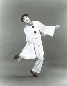 The Name Pierrot is a nickname or shortened version of the name Peter or Italian Pedronlini .The renowned Pierrot character of The Commed. Mime Artist, Creepy, Scary, Circus Wedding, Vintage Clown, Clown Faces, Send In The Clowns, Circus Performers, Clowning Around