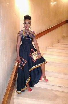 Shaitou Cho Takes 'Toghu' Printed Skirt To Red Carpet Xhosa Attire, African Attire, African Wear, African Dress, South African Traditional Dresses, Traditional Outfits, African Print Wedding Dress, African Shirts, Latest African Fashion Dresses