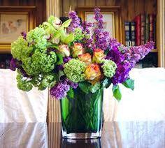 Resultado de imagen para lilac flower arrangement