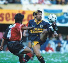 """Vs Ibarra, 3 años después ídolo en Boca, vuelta a Boca del """"10"""", 1995."""
