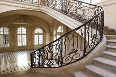 Pretty stairs - 17th/18th Century, Paris.