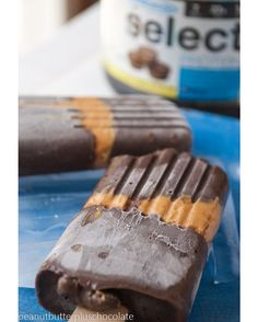 •PEANUT BUTTER PUDDING POPS• ft. PEScience Select Protein | Calories per serving: 156 | Macros: 7g F, 12g C, 13g P INGREDIENTS: 1 box sugar free, fat free instant pudding mix, 1 1/4 c cold unsweetened almond milk, 1 scoop PEScience Chocolate PB Cup Select Protein, 1 tbsp. unsweetened cocoa powder, 1/4 c peanut butter CLICK PHOTO FOR FULL RECIPE