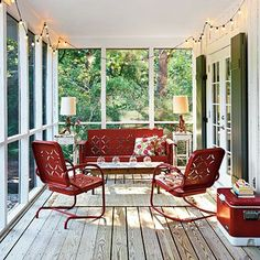 Patio furniture ideas screened porches southern living 39 Ideas for 2019 Patio Vintage, Vintage Chairs, Vintage Furniture, Vintage Metal Glider, Handmade Furniture, Modern Furniture, Futuristic Furniture, Scandinavian Furniture, French Furniture