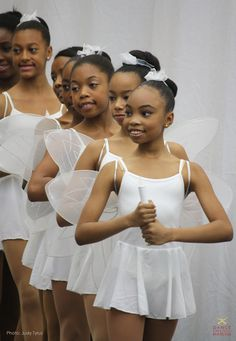 Dance Theatre of Harlem//Holiday Sunday Matinée Black Ballerina, Little Ballerina, Ballet Kids, Ballet Dancers, Black Girls Rock, Black Girl Magic, Iman Cosmetics, Black Dancers, Dance World
