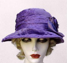 Edwardian Hats Vintage Style Purple Velvet Fabric Hat door BuyGail