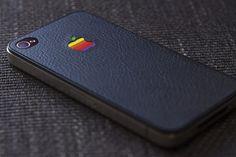 """São Paulo – A Apple pode lançar um terceiro modelo de iPhone neste ano, marcando presença também no mercado de """"phablets"""" –smartphones com tela grande."""