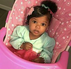 Beautiful Black Babies, Beautiful Children, Kids Fever, Baby Fever, Cute Kids Fashion, Baby Girl Fashion, Mom And Baby, Baby Kids, Chocolate Babies