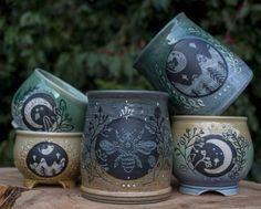 Voice of Nature - hauntedpamplemousse: sosuperawesome: Ceramics. Ceramic Mugs, Ceramic Pottery, Ceramic Art, Pottery Mugs, Wicca, Mein Café, Sgraffito, Cute Mugs, Tea Party