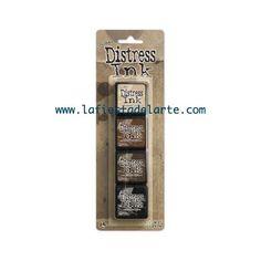 El kit 3 de las Mini Distress Ink Pad contiene las siguientes tintas y almohadillas: Antique Linen, Vintage Photo, Walnut Stain y Black Soot. Tintas disponibles en nuestra tienda online www.lafiestadelarte.com