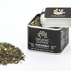 A relaxing, organic herbal drink without caffeine, with lemon aftertaste. Organic Herbal Tea, Organic Herbs, Lemon Balm, Grilled Meat, Medicinal Plants, Cold Drinks, Herbalism, Greece, Caffeine