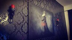 Gothic Artwork, Gothic Wallpaper, Interior Design Inspiration, Home Decor Inspiration, Velvet Glove, Dark Home Decor, Gothic House, Macabre, My Dream Home