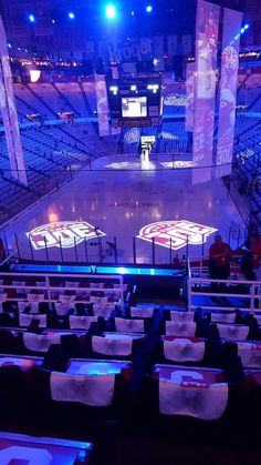 this is one thing i miss about working at the Joe! Joe Louis Arena, Red Wings Hockey, Detroit Sports, Stanley Cup Playoffs, The Joe, Detroit Red Wings, 4 Life, Good Vibes, Michigan