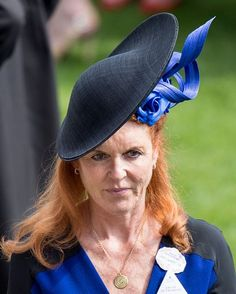 Sarah Ferguson, Duchess of York on day 4 of Royal Ascot at Ascot Racecourse on June 2015 in Ascot, England. (Photo by Mark Cuthbert/UK Press via Getty Images) British Hats, British Royals, Flapper Headpiece, Headdress, Princess Kate Middleton, Princess Diana, Royal Ascot Hats, Sarah Ferguson, Duchess Of York