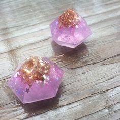 New to MorningstarCurio on Etsy: Orgonite Small Pocket Violet Sahasrara Chakra Meditation Crystal and Orgone enhansor (8.00 USD)
