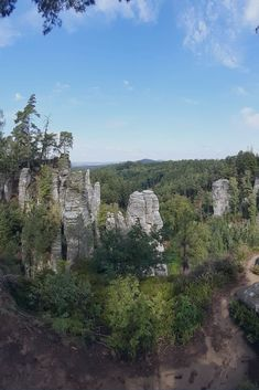 One day trip from Prague to Prachov rock city in Bohemian Paradise UNESCO Geopark. Best place to visit in Czech Republic. Hiking tour in Czech Republic Day Trips From Prague, 1 Day Trip, Hiking Tours, Europe Travel Tips, Czech Republic, Cool Places To Visit, Castles, Fairytale
