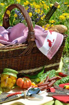 www.servusmarktplatz.com Picnic, Basket, Essen, Picnics