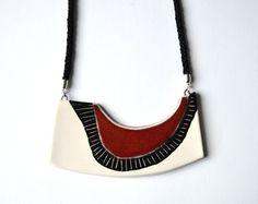 Collier géométrique en céramique, bijoux contemporains à la main, unique cadeau pour elle