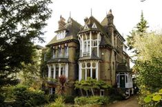 Victorian mansion for sale with spaceship attic - Boing Boing