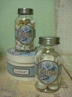 Free vintage Buttons labels download from the Graphics Fairy