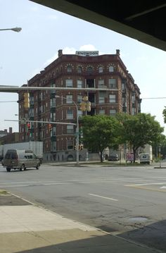 Snowdon Building Syracuse NY.  First place I landed there.