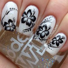 Luv this hibiscus nail art,, whoever did this is, bad ass! Fancy Nails, Diy Nails, Swag Nails, Cute Nails, Pretty Nails, Flower Nail Designs, Beautiful Nail Designs, Cute Nail Designs, Nail Art Hibiscus