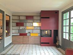 Aurelia Foyatier Architecte à Lyon - rénovation d'un salon avec construction d'une cheminée et bibliothèque sur mesure