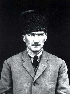 Ulu Önder Gazi Mustafa Kemal Atatürk'ü minnet ve saygı ile anıyoruz.