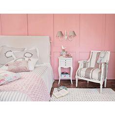 Table de chevet avec tiroirs en bois blanche L 37 cm