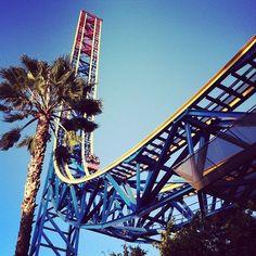 superman roller coaster | Superman: Escape from Krypton | Fastest US roller coasters | Pinterest