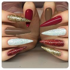 """""""Beautiful gingerbread nails by Swan Nails page is dedicated to promoting quality, inspirational nails created by International Nail…"""" Uv Nails, Nails Inc, Stiletto Nails, Nails On Fleek, Acrylic Nails At Home, Long Acrylic Nails, Long Nails, Glitter Nail Art, Nail Art Diy"""