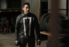 Agentes da S.H.I.E.L.D. - Novo vídeo mostra mais do Motorista Fantasma! - Legião…