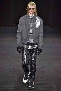 Versace Milan Menswear Fall Winter 2017, desfile masculino, tendencia masculina, inverno 2017, winter 2018, alex cursino, blog de moda, moda sem censura (38)