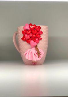 Polymer Clay Disney, Cute Polymer Clay, Polymer Clay Flowers, Fimo Clay, Polymer Clay Projects, Handmade Polymer Clay, Ag Doll Crafts, Mug Crafts, Clay Cup