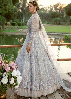 Asian Bridal Dresses, Simple Pakistani Dresses, Asian Wedding Dress, Pakistani Bridal Dresses, Pakistani Wedding Dresses, Pakistani Dress Design, Pakistani Outfits, Bridal Outfits, Indian Dresses
