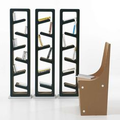 Traffic design bookshelf bu Kubedesign