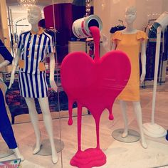 Moschino shop window display - Pouring red paint heart - Photo by ks_rebel