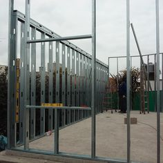 www.acedur.com obras Steel Frame House, Steel House, Electrician Wiring, Steel Framing, Tiny House Living, Gypsum, Prefab Homes, Building A House, Construction