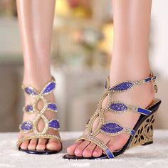 72.25$  Buy now - http://alia34.worldwells.pw/go.php?t=32299455819 - Fashion New High Heel Sandals Beaded Rhinestone Open Toe Lady Bridesmaid Summer Cool Elegant Shoes Bridal Wedding Dresses Shoe 72.25$