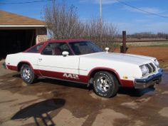 1976 or 77 Olds 442