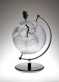 'Mundus adaptat' (2012) - cast glass, lichen, found metalIone Thorkelsson  www.thorkelsson.com