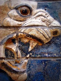 glazed tile relief of a lion, detail;    from Babylon;  early 6th century BCE;  Istanbul Archaeological Museums