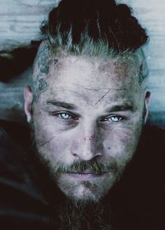 The most famous of Nordic heroes and a living nightmare for France and England, Ragnar Lodbrok was engulfed by the legend around his name.