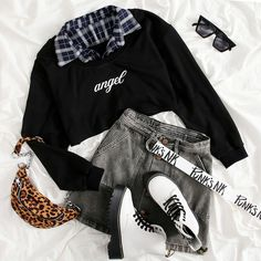 Cute Skirt Outfits, Cute Casual Outfits, Outfits For Teens, Pretty Outfits, Stylish Outfits, Kpop Fashion Outfits, Girls Fashion Clothes, Korean Girl Fashion, Look Fashion