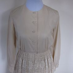 VINTAGE authentic 50s retro ecru beige soft woven cotton crochet lace button shirt dress made in USA (equiv sz us 6, uk au nz 10, eu 38) by shopblackheart on Etsy