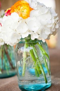Bright spring/summer flower arrangement