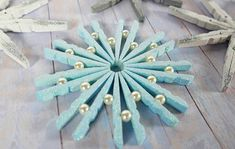 Create these super simple shimmering snowflakes to decorate your home this season! Source by sunflowerzcat pin crafts Christmas Crafts For Kids, Simple Christmas, Handmade Christmas, Holiday Crafts, Christmas Holidays, Christmas Decorations, Christmas Ornaments, Wooden Clothespin Crafts, Hanger Crafts