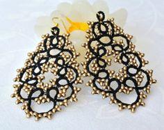 Dark green lace earrings with gold glass beads by Ilfilochiaro