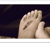 been thinking of a small feather tat& this looks perfect!