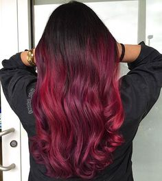 Ombre continues to be trending guys! If you're ever-changing your hair, ditch having the quality highlights, select ombre hair. Celebrity Ombre Hair Color Ideas in Red 2018 you will love Ombre Hair Brunette, Brown Ombre Hair, Ombre Hair Color, Blonde Ombre, Hair Color Balayage, Cool Hair Color, Ombre Highlights, Hair Colors, Dark Red Ombre